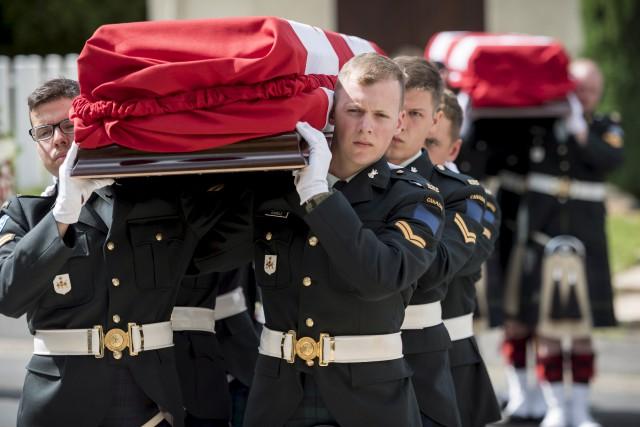 Le soldat Reginald Joseph Winfield Johnston, du Manitoba,... (La Presse canadienne, Sgt Adam Orton, Armée canadienne)