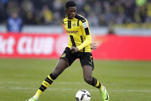 Ousmane Dembélé évoluait avec le Borussia Dortmund la... (PHOTO MICHAEL SOHN, ARCHIVES ASSOCIATED PRESS)