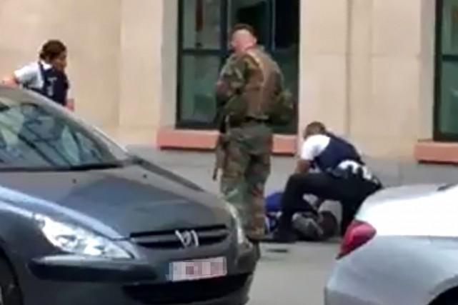 Des militaires ont neutralisé un individu à Bruxelles... (Photo AFP)