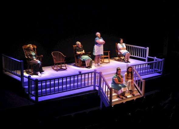 Le Théâtre des Gens de la place fête... (Sylvain Mayer)