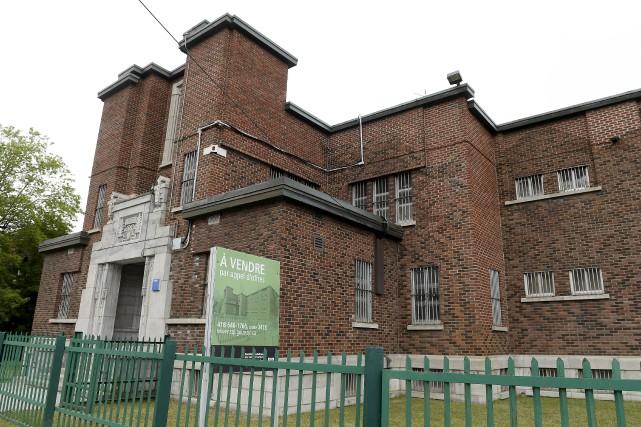 La prison de Chicoutimi trône sur la rue... (Photo Le Progrès, Jeannot Lévesque)