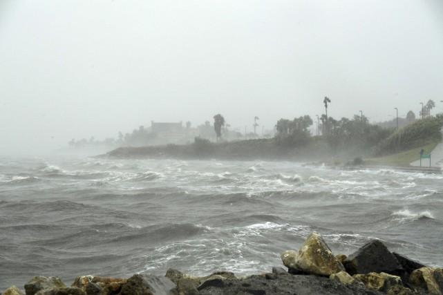 L'ouragan Harvey a touché terre vers 22h (heure locale) vendredi au Texas,... (AFP)