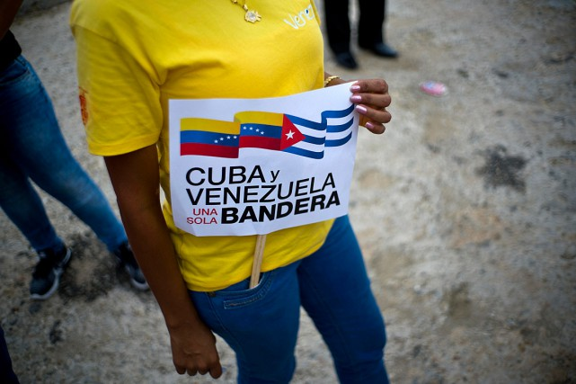 Une manifestation de support envers le Venezuela a... (PHOTO RAMON ESPINOSA, ASSOCIATED PRESS)