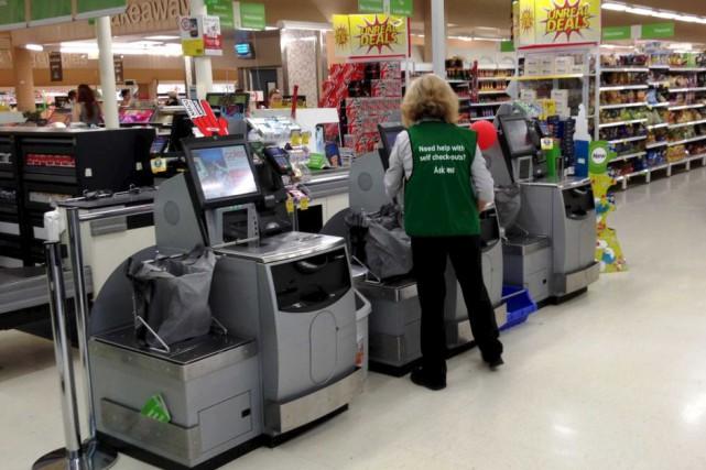 Certains supermarchés offrent depuis quelques années des caisses... (Wikimedia commons)