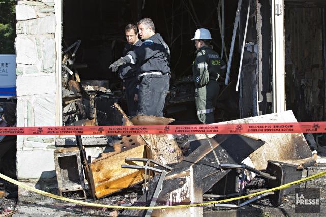 Plusieurs résidents du quartier Rosemont, à Montréal, ont dû être évacués de... (Photo Patrick Sanfaçon, La Presse)