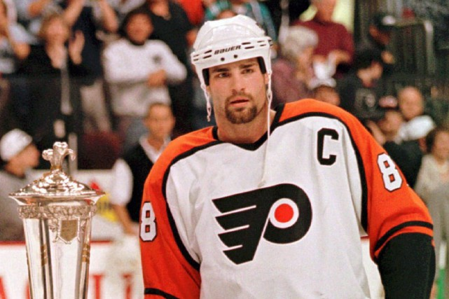 Eric Lindros... (Photo George Widman, archives AP)