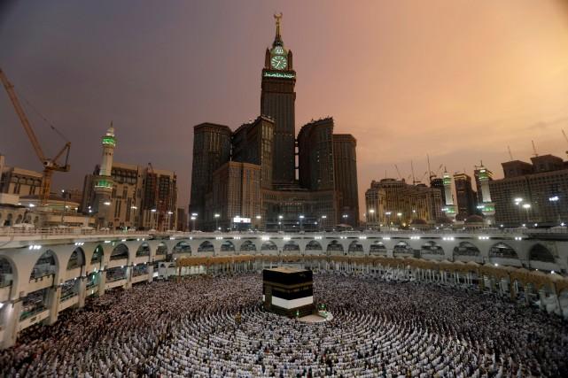 Les autorités saoudiennes ont mobilisé d'importants moyens et... (Photo Reuters)