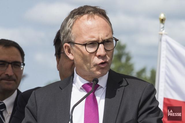 Le ministre Martin Coiteux... (Photo Olivier Pontbriand, La Presse)