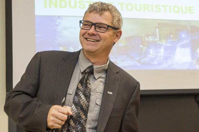 Le président de Destination Sherbrooke Rémi Demers a... (Spectre Média, Frédéric Côté)