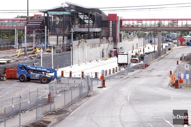 Des gros chantiers comme celui de la station... (Etienne Ranger, Le Droit)