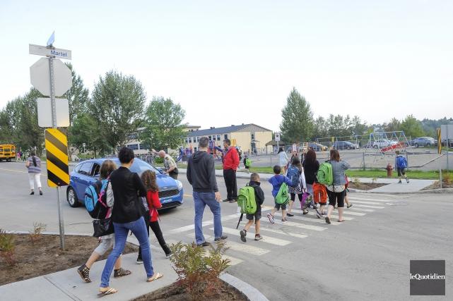 Les jeunes de l'école Saint-Pierre à Alma ont... (Photo Le Quotidien, Gimmy Desbiens)