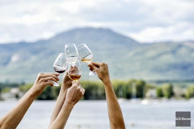 Les vins québécois étaient en vedette à la... (Photo Jocelyn Riendeau, archives La Tribune)