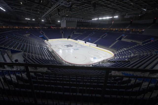 En configuration hockey, le nouveau domicile du club-école... (Photo Ivanoh Demers, La Presse)