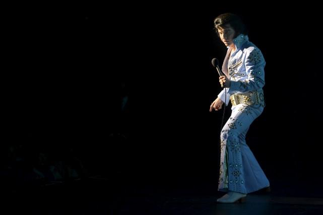 Martin Fontaine personnifie Elvis Presley depuis 20 ans.... (La Presse)