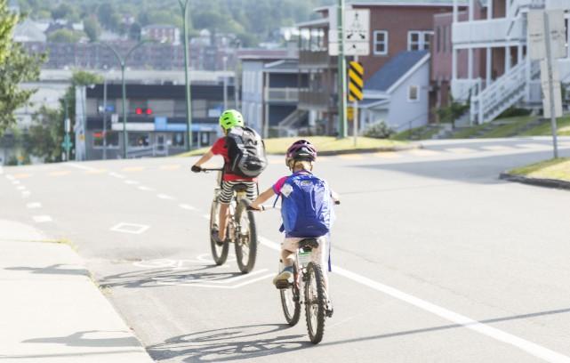 Chapeauté par Vélo Québec, le programme À pied,... (Spectre Média, Marie-Lou Béland)