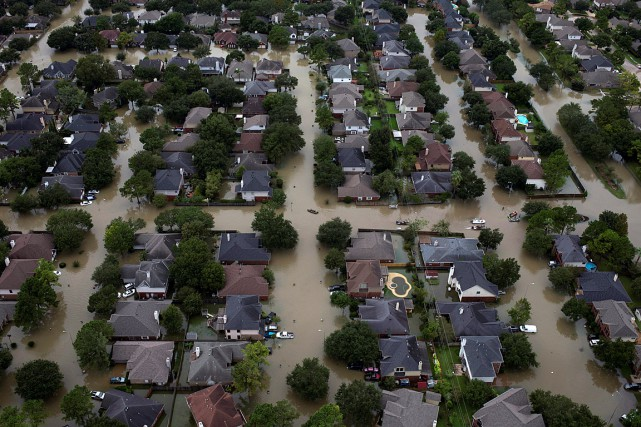 Ce quartier de Houston a été inondé après... (PHOTO ADREES LATIF, ARCHIVES REUTERS)