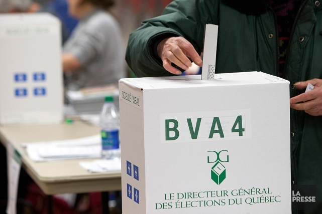 L'élection partielle du 2 octobre dans la circonscription de... (PHOTO ROBERT SKINNER, ARCHIVES LA PRESSE)