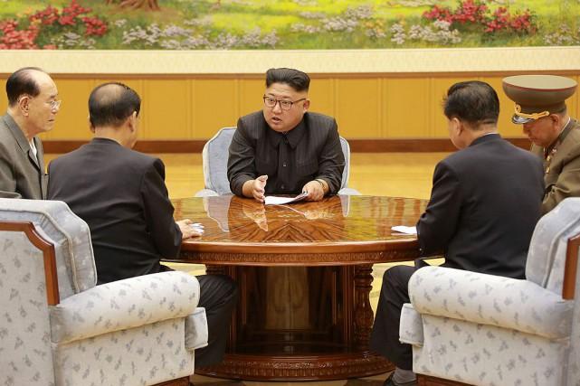 Le leader nord-coréen Kim Jong-un... (PHOTO REUTERS/AGENCE CENTRALE NORD-CORÉENNE)