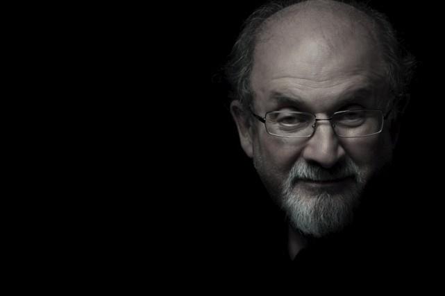 Le nouveau roman de Salman Rushdie, intitulé The... (La Presse Canadienne, Randall Slavin)