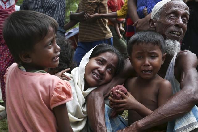 La situation des musulmans rohingyas de Birmanie devient... (AP, Mushfiqul Alam)