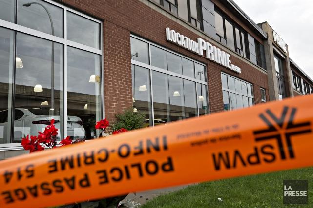 Un incendie criminel a causé des dommages à un édifice commercial de... (Photo Patrick Sanfacon, La Presse)