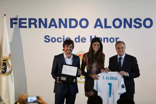 Fernando Alonso, sa conjointe Linda Morselli et le... (Photo : REUTERS)