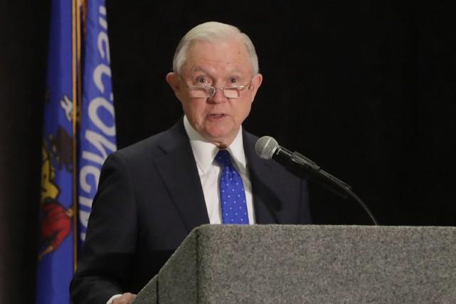 Le secrétaire à la Justice des États-Unis, Jeff... (Photo archives AP)