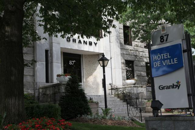 La dette de Granby au début du mandat du présent conseil était de 80 millions...