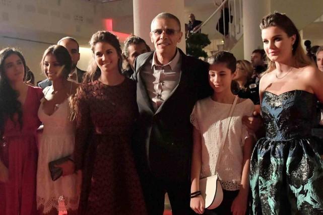 Le réalisateur Abdellatif Kechiche et l'équipe de son... (AFP, Tiziana Fabi)