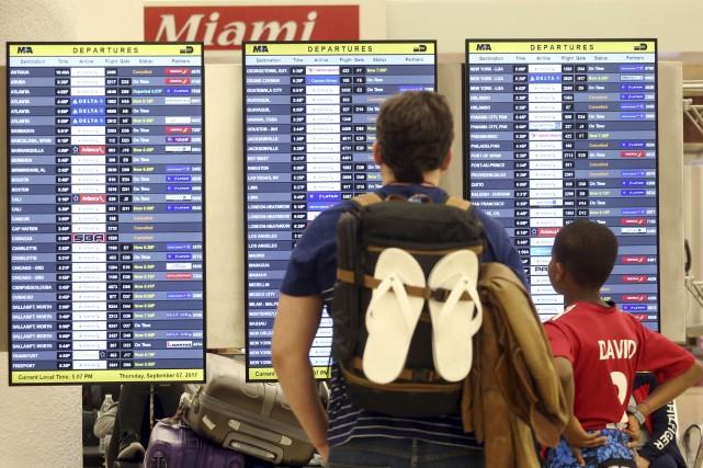 Les compagnies aériennes qui évacuent leurs clients des... (AP)