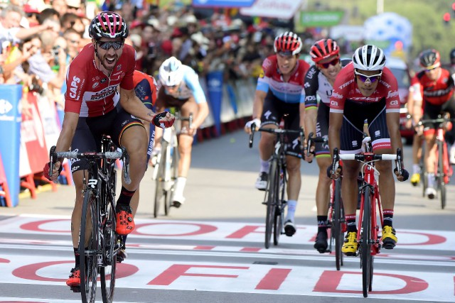 Le Belge Thomas de Gendt (à gauche) a... (Photo Jose Jordan, AFP)