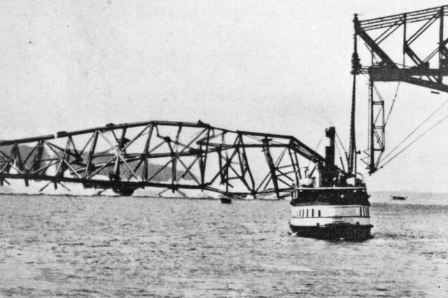 La catastrophe du 11 septembre 1916.... (St. Lawrence Bridge Co)