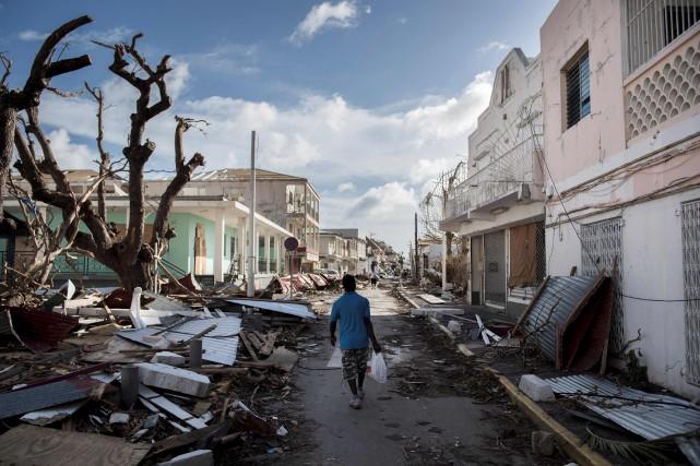 L'ouraganJose, qui s'est renforcé en catégorie4,devrait passer samedi... (AFP, Martin Bureau)