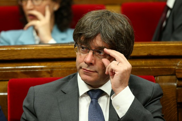 Le président séparatiste de la Catalogne Carles Puigdemont.... (PHOTO Albert Gea, archives REUTERS)