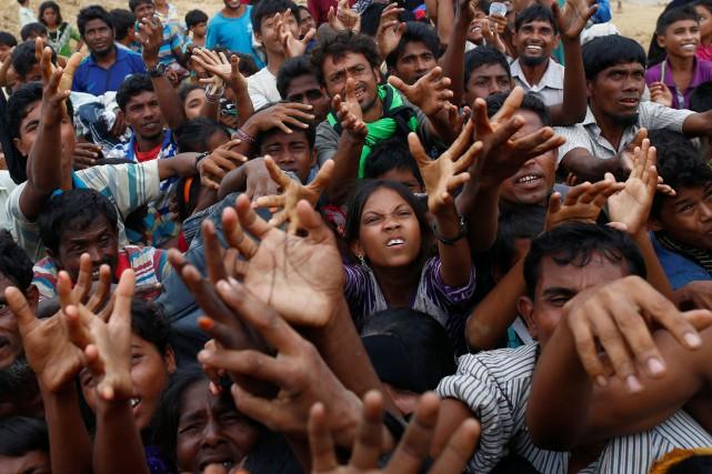 La Birmanie a annoncé samedi qu'elle allait mettre... (REUTERS)