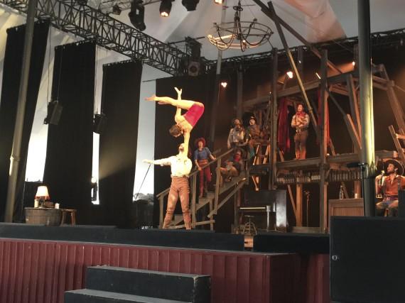 Le spectacle Saloon, Cavale au coeur du Far... (Gabriel Delisle)