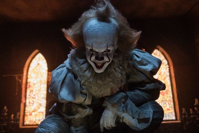 Bill Skarsgard incarne le clown maléfique dans It.... (Photo fournie par Warner Bros. Pictures)