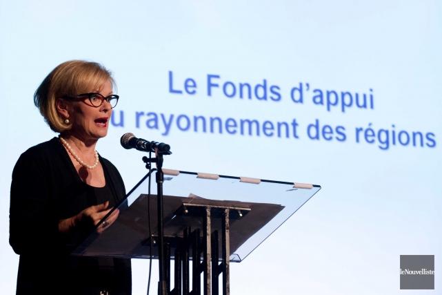 La ministre Julie Boulet a procédé au dévoilement... (Sylvain Mayer, Le Nouvelliste)