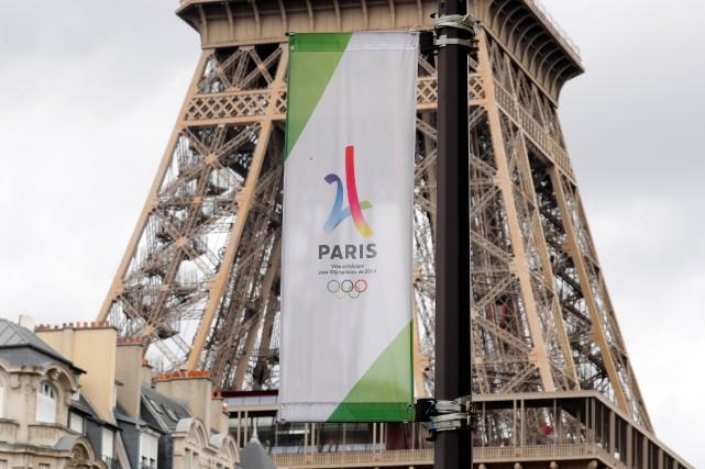 Paris sera officiellement désignée mercredi ville hôte des... (Photo Charles Platiau, Reuters)