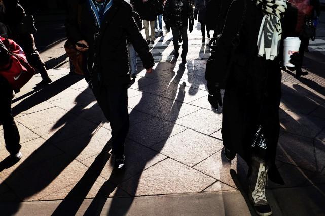 Cette amélioration des revenus -- quoique plus faible... (PHOTO ARCHIVES AFP)