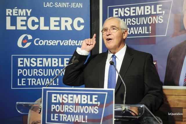 Rémy Leclerc a procédé à l'ouverture de son... (Photo Le Quotidien, Gimmy Desbiens)