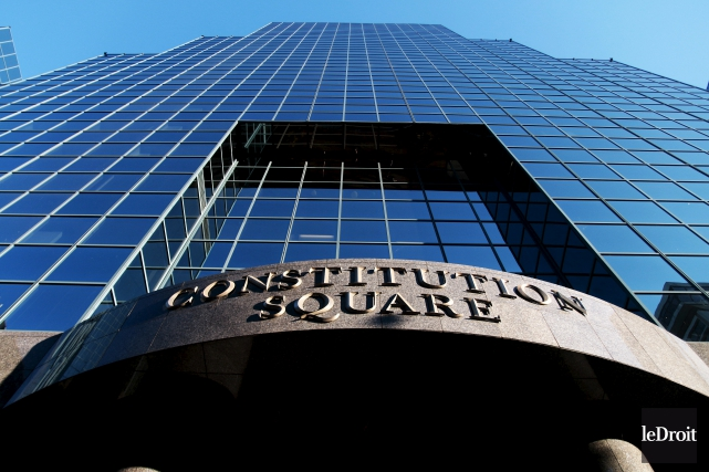 Le Constitution Square sur la rue Albert à... (Etienne Ranger, Le Droit)