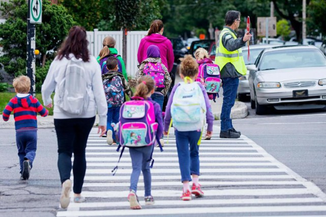 L'école Saint-Benoît, occupée à 140%, avait un besoin... (PHOTO ALAIN ROBERGE, LA PRESSE)