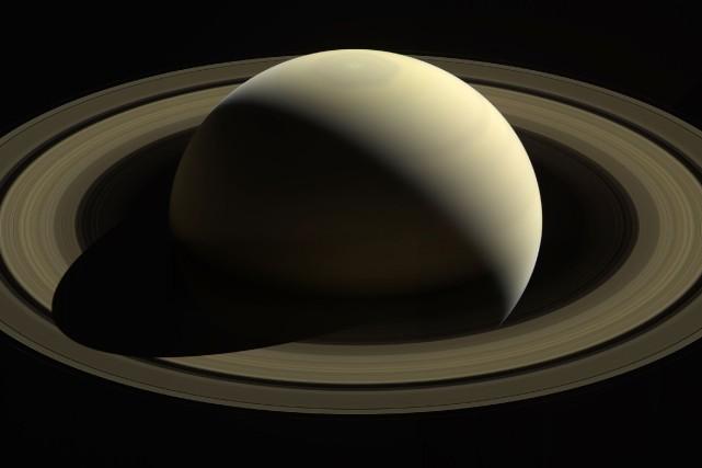 Une image de Saturne captée par Cassini depuis... (AFP)