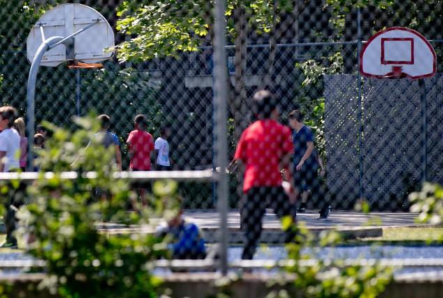 Près de la moitié des écoles primaires du... (PHOTO DAVID BOILY, LA PRESSE)