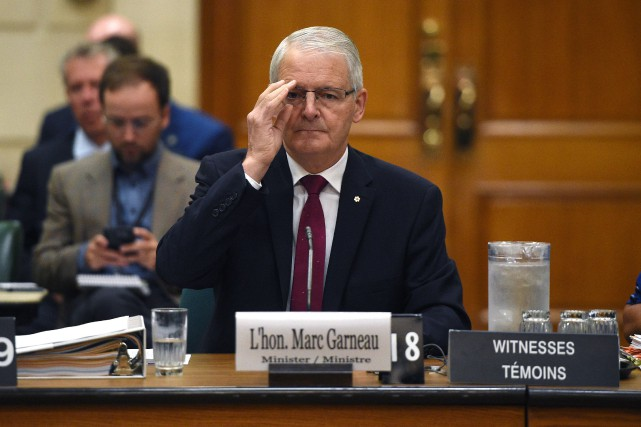 Le ministre fédéral des Transports, Marc Garneau, a... (Photo Sean Kilpatrick, PC)