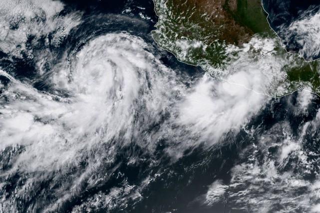 D'abord qualifié de tempête tropicale,Maxs'est renforcé dans la... (PHOTO AFP)