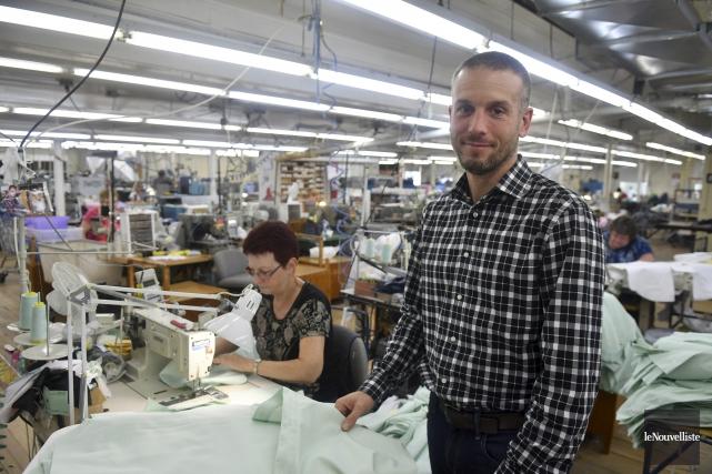 François Lizotte est le nouveau propriétaire de Chemise... (Stéphane Lessard, Le Nouvelliste)