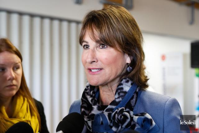 La ministre de l'Immigration, Kathleen Weil, a livré... (Caroline Grégoire, Le Soleil)