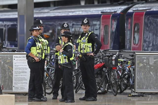 L'attentat, qui n'a pas été revendiqué pour le... (PHOTO Andrew Matthews, AP)
